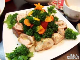 ブロッコリーツリー&ロール蒸し鶏(with 豆乳ベシャメルソース